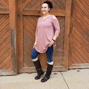 bf612e5d205156 Tops - Mauve Cold Shoulder Top With A Strappy Front